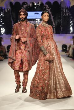 crafts-of-india-grand-finale-amazon-india-fashion-week-2015