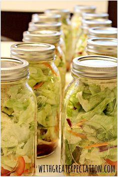 SALADS IN JARS: Weekly Meal Plan, Shopping List, and Food Prep for the Week Ahead: PCOS Style | With Great Expectation
