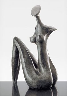 Lara, sculpture contemporaine de Marion Bürkle, bronze patiné 53 cm