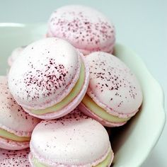 Rose macaroons. Dear God, these are stunning.