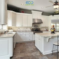 Classy Kitchen & Bath is a leading supplier of quality, custom kitchen and bath design, cabinets and countertops. Classic Kitchen, New Kitchen, Kitchen Decor, Kitchen Ideas, Kitchen Inspiration, Kitchen Layout, Room Kitchen, Kitchen Storage, Stone Kitchen