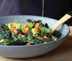 Raw Food - Gialina s Kale Farro Salad with Avocado - High-Fiber Low-Carb Kale Recipes, Avocado Recipes, Raw Food Recipes, Vegetarian Recipes, Cooking Recipes, Healthy Recipes, Drink Recipes, Farro Salad, Avocado Salad