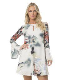Encontre o vestido Lez a Lez para ir da balada ao trabalho. Modelo curto, longo ou estampado, seguindo as tendências mais desejadas da temporada.