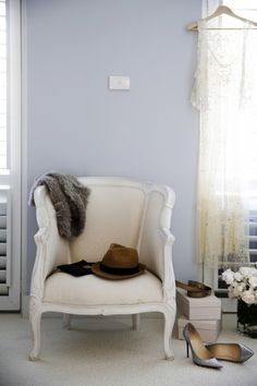 "Sneak Peek: A Sophisticated Australian Home. ""Our bedroom has a beautiful creamy white wool carpet that is seriously divine but hopelessly impractical, (who would have guessed). The paint colour is Cloudy Bay at by Porters paints and changes color Apartment Living, Living Room, Interior And Exterior, Interior Design, Australian Homes, Blue Walls, Decoration, Paint Colors, Love Seat"