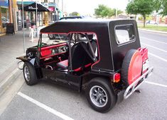 Being at Haynes last weekend I was able to look up an old friend who I haven't seen for a few years.I blasted that Moke round the field where the show was for ages at an enthusiast day Jeep Pickup, Classic Mini, Golf Carts, Car Stuff, Retro, Minis, Trucks, Vehicles, Photography