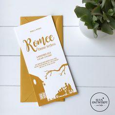 Voor Romee mocht ik dit toffe letterpress kaartje maken. Ik illustreerde hun mooie huis en de bakfiets met de kindjes, waar ze veel mee op pad gaan. #suusontwerpt #geboortekaartje #birthannouncement #letterpress #geboortekaartjes #silhouette #illustratie #okergeel #bakfiets #broertje #zusje #grotezus #grotebroer Place Cards, Place Card Holders, Names, Pad