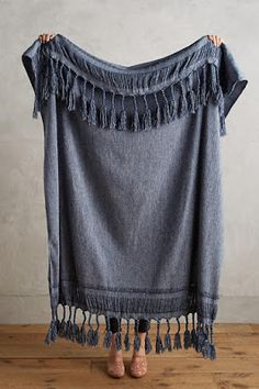 Anthropologie Roped Fringe Throw Blanket 59 Great Interior Design To Make Your Home Look Outstanding – Anthropologie Roped Fringe Throw Blanket Source Textiles, Rattan Daybed, Anthropologie, Gray Bedroom, Trendy Bedroom, Bedroom Inspo, Bedroom Ideas, Cozy Blankets, Woven Blankets