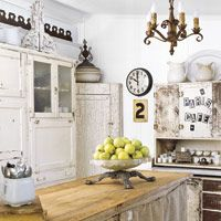 Kitchen with vintage flair
