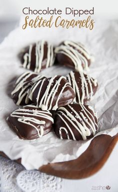 The perfect sweet treat for any time is these chocolate dipped salted caramels and no candy thermometer required! Find out how to make this delicious treat! Chocolate Dipped, Melting Chocolate, Yummy Treats, Sweet Treats, Delicious Desserts, Healthy Desserts, Easy Desserts, Christmas Treats, Christmas Goodies
