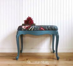 Cute bench painted with a custom mix of Annie Sloan blues, sealed with clear and black wax. Annie Sloan, Vanity Bench, Painted Furniture, Entryway Tables, Wax, Blues, Shabby, Painting, Home Decor