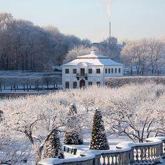 № 6 - 200♥  Зима, которую мы все так ждали! С Рождеством, друзья! ❄️ Winter comes to Peterhof!❄️  #деньпарков #parkday