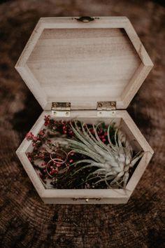 #weddingdecor #littledecor #forwedding Wedding Pillows, Terrarium, Decorative Boxes, Wedding Decorations, Home Decor, Homemade Home Decor, Decoration Home, Room Decor, Terrariums