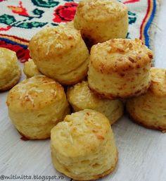 Pogacele cu branza reteta traditionala ardeleneasca Romanian Desserts, Romanian Food, Baby Food Recipes, Cookie Recipes, Salty Snacks, Tapas, Fun Cooking, Croissant, Appetizer Recipes