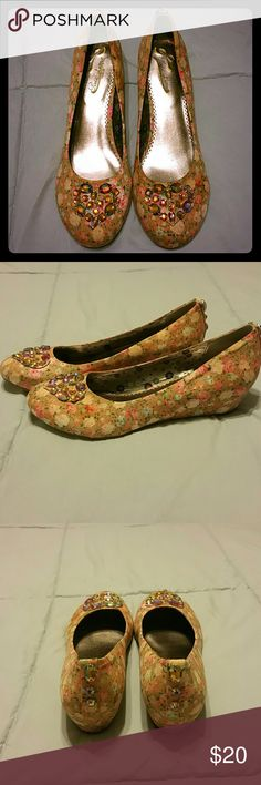 Poetic Licence Kitten Heels Size 9.5 Poetic Licence Small Heel. Size 9.5, Vintage Floral Pattern, jewel accents. Worn twice. Poetic Licence Shoes