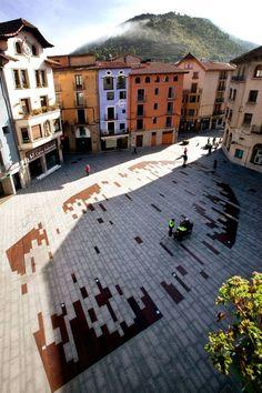 Urbanization of Historical Downtown. Photo credit: Jordi Comas
