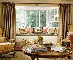 Oh, how I'd love to replace our family room windows with a bay window and window seat. Bow Window Treatments, Window Coverings, Bedroom Windows, Living Room Windows, Living Room With Bay Window, Bay Window Curtains Living Room, Bay Window Decor, Window Seats, Window Nooks