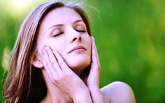Home Remedies to Get Fair Skin (Fast & Naturally) How to Get fair skin. Home remedies to get fair skin naturally. Best way to get fair skin fast. How to get rid of fair skin overnight and naturally fast. Fair Skin Home Remedies, Natural Acne Remedies, Skin Care Remedies, Las Vegas, Skin Care Masks, How To Get Rid Of Pimples, Combination Skin, Oily Skin, Skin Oil