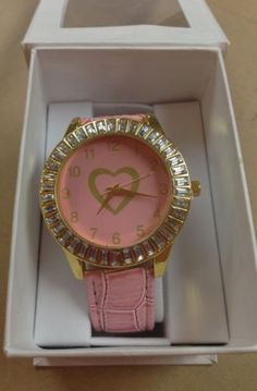 Lady's Watch- Nicki Minaj(NEW) in Lady_Angel_Kollection's Garage Sale in tampa , FL for $8.00. Nicki Minaj Pink Friday watchLimited editionFor further information or ifyou have any further questions about this item please send me a emailAll these items are new, with or without tags.I can send the item via USPS or you can pick it up in person.