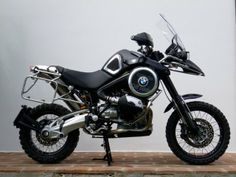 BMW OffRide – Fabio Marcaccini & Oberdan Bezzi Make The BMW Adventure Better |
