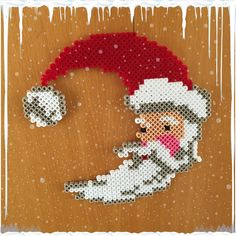 Christmas Santa hama beads by gittejulie Fuse Bead Patterns, Perler Patterns, Beading Patterns, Noel Christmas, Christmas Crafts, Ideas Decoracion Navidad, Christmas Perler Beads, Hama Beads Design, Peler Beads
