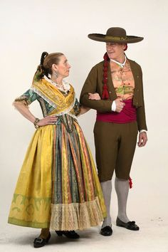 pareja siglo xviii Spanish Costume, Bad Girl Aesthetic, Fashion History, Doll Clothes, Cosplay, Fashion Outfits, Traditional, Sewing, Historical Dress