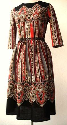 Matrioska dress(Cashmere & Wool) High Street Fashion, Vintage Outfits, Europe Fashion, Folk Fashion, Russian Fashion, Mod Dress, Folk Costume, Pretty Outfits, Plus Size Fashion