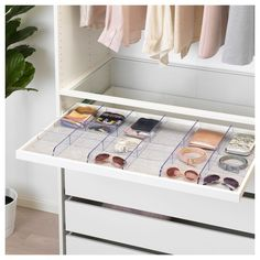 Keep clothing neatly organized with IKEA wardrobes and armoires in a variety of sizes, styles and interior organization options to fit your space and budget. Ikea Pax, Ikea Closet, Closet Bedroom, Bedroom Decor, Bedroom Furniture, Ikea Bedroom, Master Closet, Drawer Mat, Organiser Son Dressing