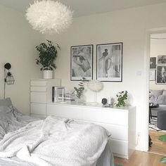 2135 Likes 28 Kommentare Jenny ( au… Neutral Bedroom Decor, Bohemian Bedroom Decor, Room Decor Bedroom, Home Bedroom, Bedrooms, Ikea Bedroom Design, Ikea Bedroom Storage, Bedroom Inspo, My New Room