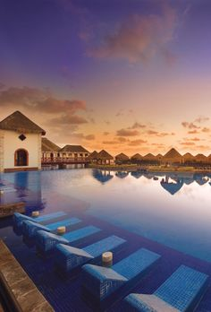 Beautiful pool views at dusk   Image: Now Sapphire Riviera Cancun, AMR Resorts