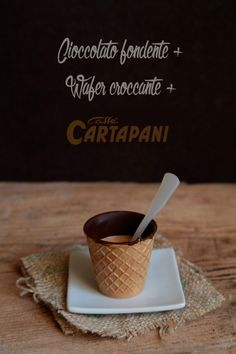 Giato Salò: Wafer al cioccolato fondente e caffè
