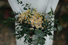 La creatividad floral es infinita ¿sabes ya cuáles son las tendencias de los ramos de novia de 2017? te lo cuento de la mano de los mejores floristas.
