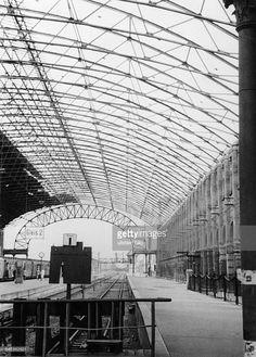 Innenansicht der Bahnsteige vom Görlitzer Bahnhof in Berlin- Kreuzberg (1949)
