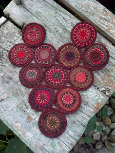 sharing with you a heart shaped penny rug i just finished putting together, sweet & easy just took twelve pennies, perfect for Valentines Da. Wool Applique Patterns, Felt Patterns, Print Patterns, Felt Embroidery, Felt Applique, Felt Pillow, Felted Wool Crafts, Felt Gifts, Wool Quilts