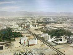 A picture of the Las Vegas Strip circa 1990.