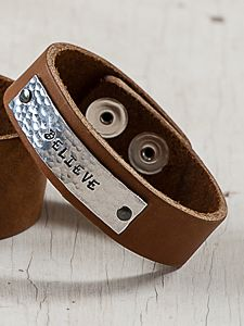 "3/4"" Tan Leather Bracelet w/ Rectangle Hammered Tag Stamp up to 18 Spaces - 1 line."