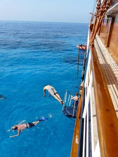 It's swim-stop time for the 44 guests of the Jewels of the Cyclades cruise on the Motorsailer Galileo! Yacht Cruises, Top Destinations, Greek Islands, Greece Travel, Seychelles, Summer 2016, Diving, Swimming, In This Moment