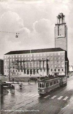 Sporvogn Linje 14 ved Frederiksberg Raadhus - 1950erne