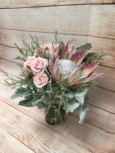 King protea rose boho garden centerpiece flower bouquet Protea Centerpiece, Floral Centerpieces, Wedding Centerpieces, Floral Arrangements, Wedding Decorations, Table Arrangements, Protea Bouquet, Protea Flower, Floral Bouquets