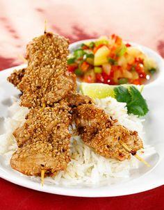 Satayspidd | www.greteroede.no | www.greteroede.no Chicken Wings, Nom Nom, Grilling, Favorite Recipes, Diet, Snacks, Healthy Dinners, Food, Clean Dinners