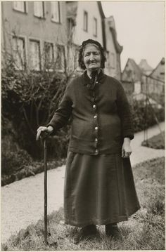 [Untitled] / [Woman]; August Sander (German, 1876 - 1964); about 1930 - 1940; Gelatin silver print; 29.1 x 19.1 cm (11 7/16 x 7 1/2 in.); 84.XM.126.222; Copyright: © J. Paul Getty Trust