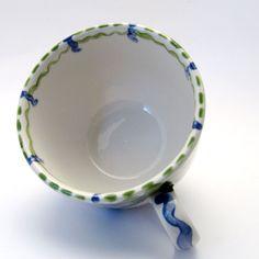 Tassen & Häferl der Familie VertBleu! Die Grün-Blaue Designfamilie von Unikat-Keramik. Das wohl einzigartigste Keramik Geschirr der Welt! Tableware, Unique, Design, Tea Cups, Blue Green, Tablewares, World, Dinnerware
