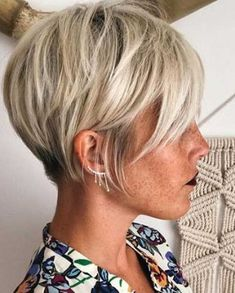 Short Hairstyles 2017 | Most Popular Short Hairstyles for 2017