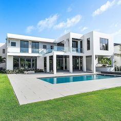 """TrillionaireGang on Instagram: """"$14,250,000. @royalpalmproperties For more follow @trillionairegang. Picture/Video is not taken by us, all rights belong to their…"""" Picture Video, House Goals, Pictures, Mansions, House Styles, Instagram, Garden, Home Decor, Photos"""