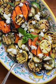 Grilled Sweet Potatoes, Zucchini, and Yellow Squash with Pesto and Feta - Mix a few tablespoons of ground All-Bran Buds™ into the pesto sauce to add fibre to this recipe. Veggie Side Dishes, Side Dish Recipes, Veggie Recipes, Food Dishes, Vegetarian Recipes, Healthy Recipes, Fast Recipes, Healthy Grilling, Grilling Recipes