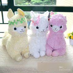 "Adorable or ""Kawaii"" alpaca plushies. Kawaii Diy, Kawaii Plush, Cute Plush, Plush Dolls, Doll Toys, Kawaii Alpaca, Cute Llama, Llama Llama, Stress Toys"