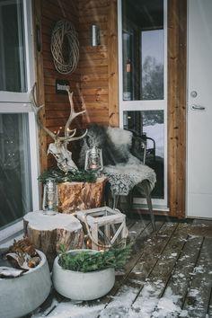 Svenngården: Svennhytta: Magisk julestemning og ny venn! Cabin Christmas, Ladder Decor, Home Decor, Decoration Home, Room Decor, Home Interior Design, Home Decoration, Interior Design
