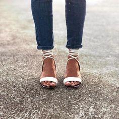 Shoe-aholic🤪  Sandalias Ula Ula Birkenstock, Shoes, Fashion, Shoes Sandals, Moda, Shoe, Shoes Outlet, Fashion Styles, Fashion Illustrations
