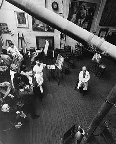 Robert Doisneau // French sculptor and painter André Lhote dans son académie 18 rue d'Odessa, 1960. ( http://www.artvalue.com/auctionresult--doisneau-robert-1912-1994-fran-andre-lhote-dans-son-academie-3299473.htm