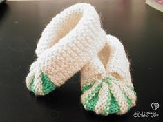 Ravelry: My version of baby shoes pattern pattern by Stitchlogue by Calista Yoo Baby Knitting Patterns, Baby Cardigan Knitting Pattern Free, Baby Booties Free Pattern, Baby Shoes Pattern, Baby Hats Knitting, Knitted Baby, Crochet Patterns, Knit Baby Shoes, Knit Baby Booties