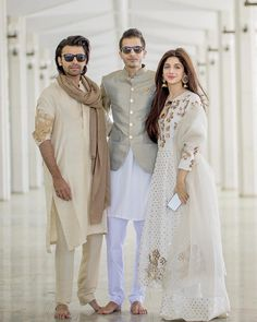 Mawra Hocane Looking Awesome at her Brother Nikaah Indian Fashion Dresses, Dress Indian Style, Indian Designer Outfits, Designer Dresses, Fashion Outfits, Indian Wear, Asian Wedding Dress Pakistani, Pakistani Dress Design, Pakistani Dresses
